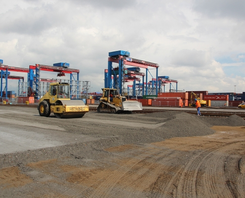 container terminal 1027
