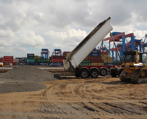 container terminal 1093