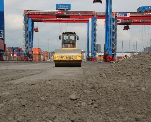container terminal 1035