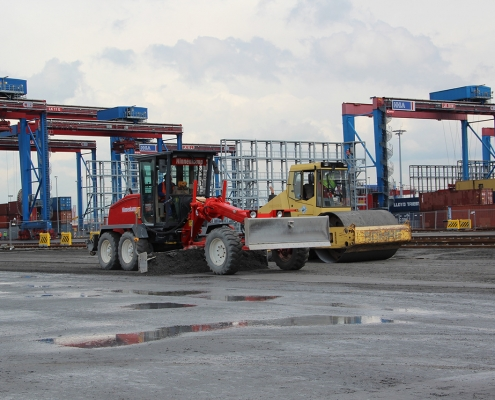 container terminal 1075
